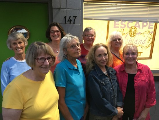 """Ashland, OR: AAUW Games Group Named """"The Scrabblers"""" in Escape Room"""