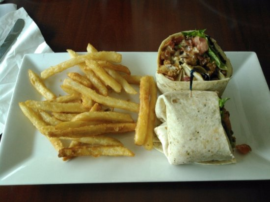 Tunkhannock, Pensylwania: Baja Wrap with Crispy CHicken