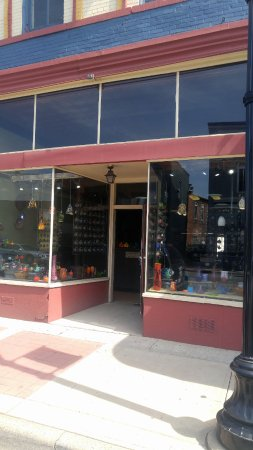 Williamston, MI: Fireworks Glass Studios entrance