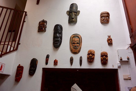 Ekala Eco Tours: Local Artwork at the Guesthouse