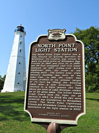 North Point Lighthouse: Beautiful area