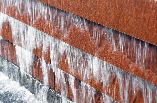 Wheeling, IL: Outside fountain