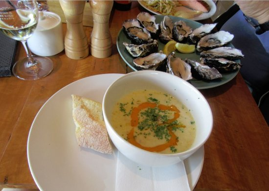Dunalley, Australia: Seafood Chowder and Oysters