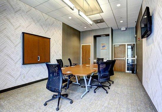 SpringHill Suites Harrisburg Hershey: Meeting Room