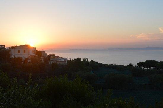 Il Nido Hotel Sorrento: Tramonto en Sorrento, desde mi balcón.....