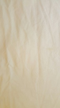 Buttonwillow, CA: stains on sheets