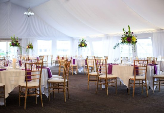 Charleston, WV: Pavilion Wedding Reception