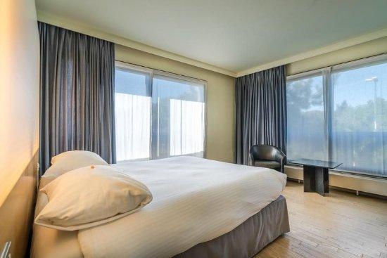 Schaerbeek, เบลเยียม: Superior Single Room/Large Bed