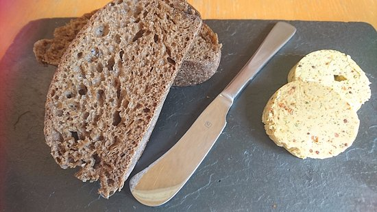 Willunga, ออสเตรเลีย: House cooked rye ciabta with cafe de paris butter- complimentary