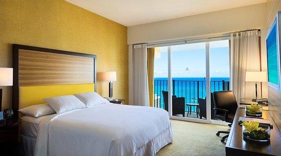 Hilton Waikiki Beach Updated 2017 Prices Amp Hotel Reviews