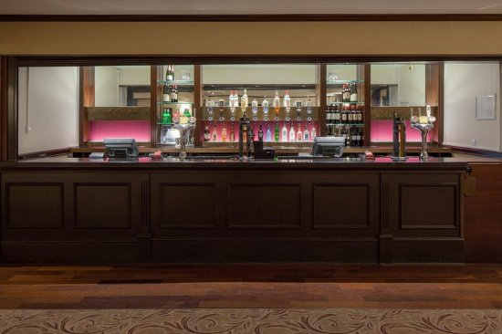 Hilton Edinburgh Grosvenor: Roseberry Suite Bar