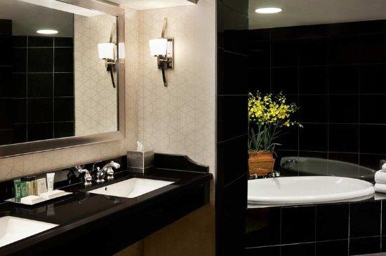 Room  Bathroom Presidential Suite Embassy Suites