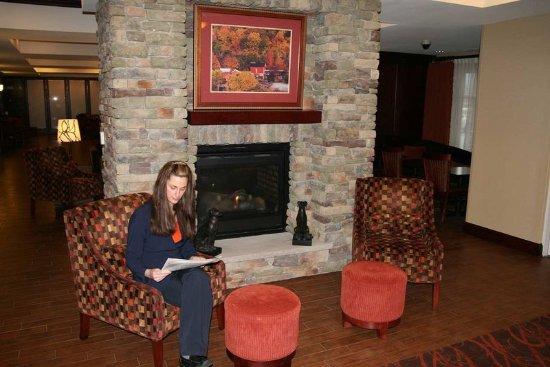 Hampton Inn Matamoras: Lobby