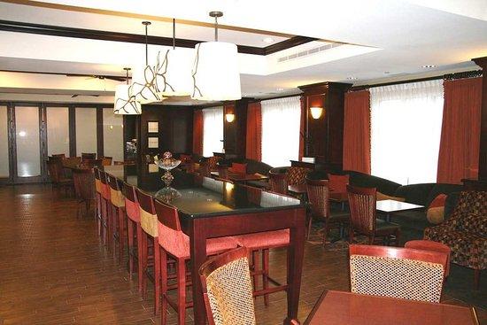 Hampton Inn Matamoras: Work or Play