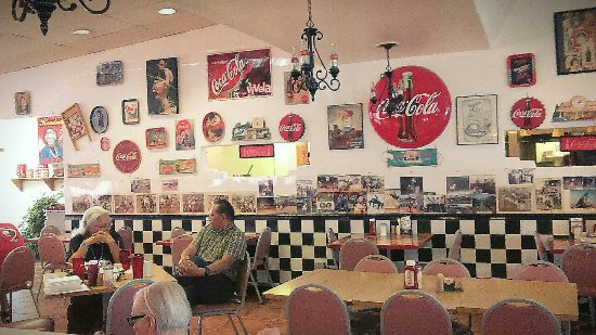 Bloomfield, NM: Roadside Restaurant