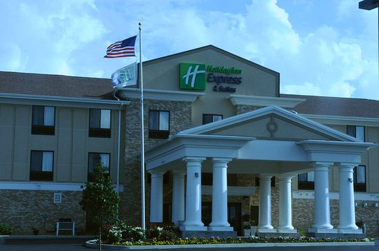 Greenfield, IN: Hotel Exterior