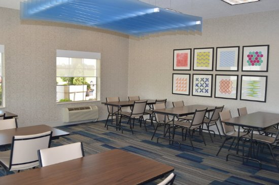 Meeting Room book early in Bloomsburg near Benton and Danville