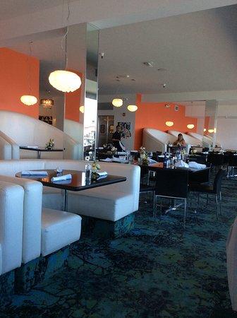 Ocean view restaurants | waterfront dining in monterey.