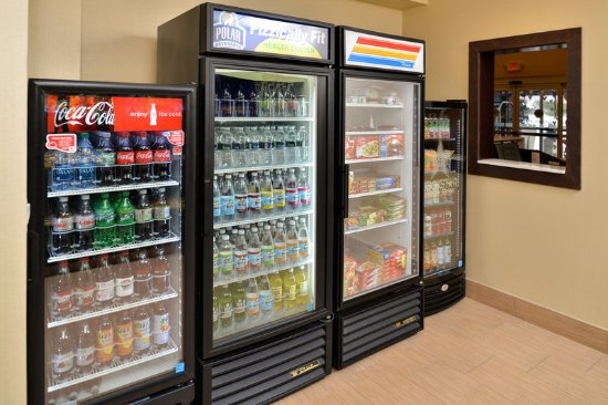 Peekskill, NY: Sweet Shop beverages and frozen foods