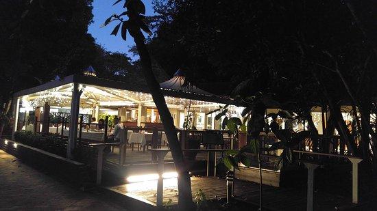 Green Island, Australia: エメラルドレストラン