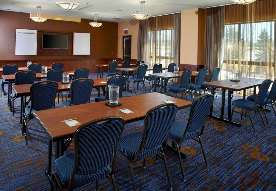 Courtyard Dayton-University of Dayton: Meeting Room