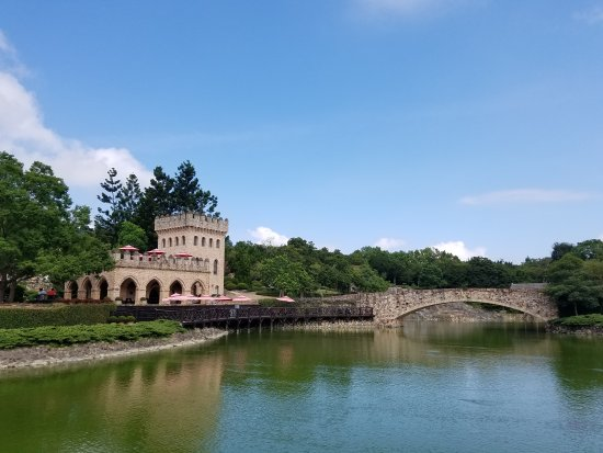 XinShe Castle