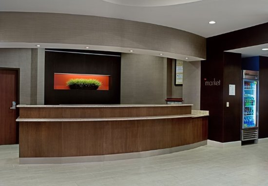 Aberdeen, MD: Front Desk