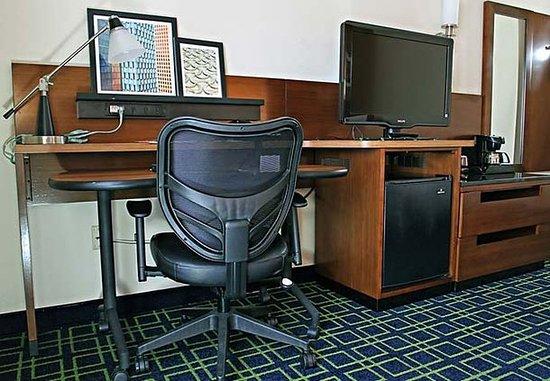 Πρίνστον, Ιντιάνα: Guest Room Work Desk