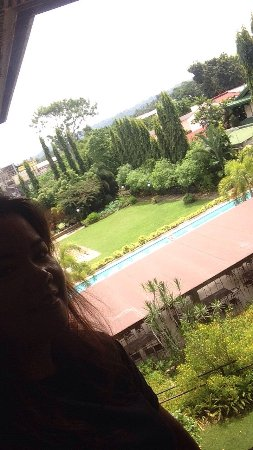 Hotel Tropika Davao Resmi