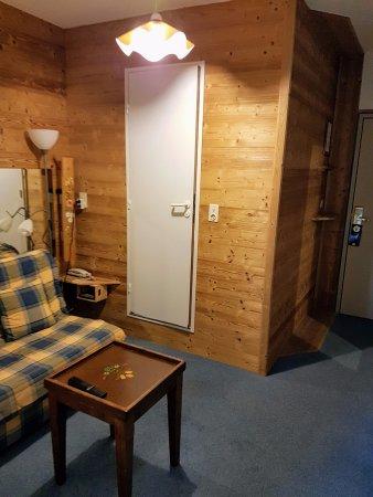 Pralognan-la-Vanoise, France: Le salon de la suite n°8