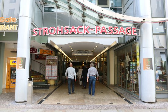 Strohsack Passage