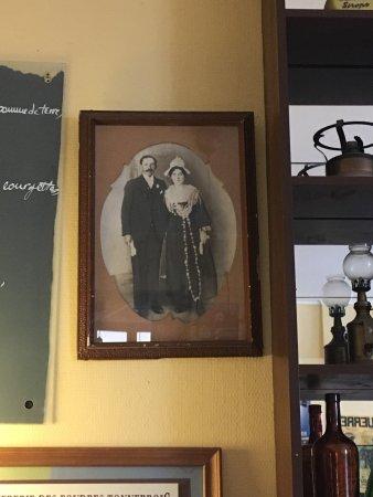 Tonnerre, Франция: Grand-parents de Carnac et Quiberon.