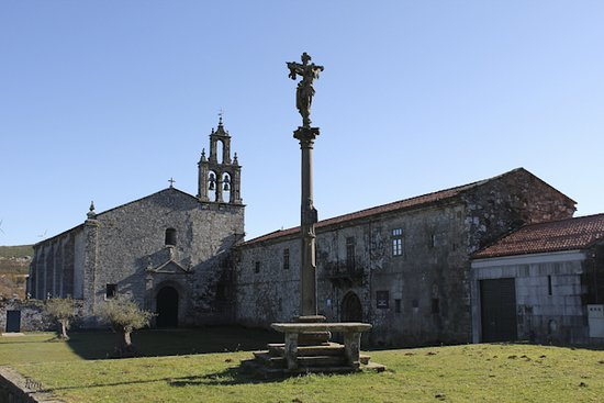 Hotel Monasterio de Aciveiro: Hotel y entorno