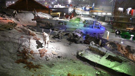 Norsk luftfartsmuseum: Épave representée lors de sa sauvetage