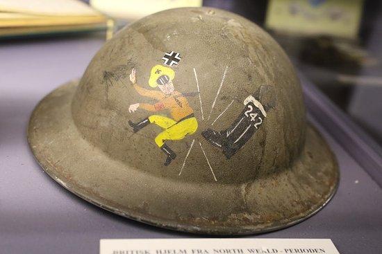 Norsk luftfartsmuseum: détail d'un casque alié
