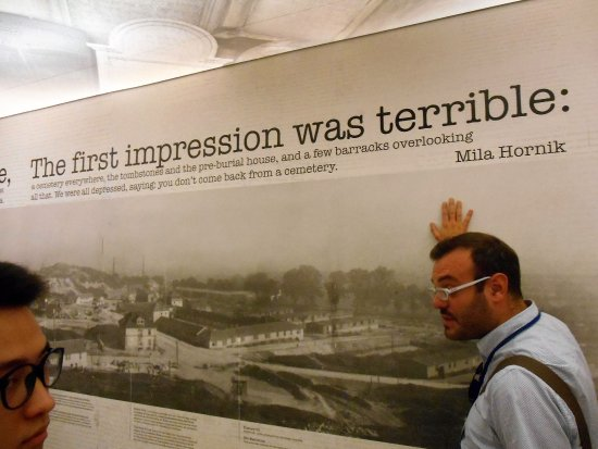 Discover Cracow Tours: Fantastic guide in Schindlers Museum