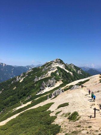 長野県, 燕荘から見た頂上