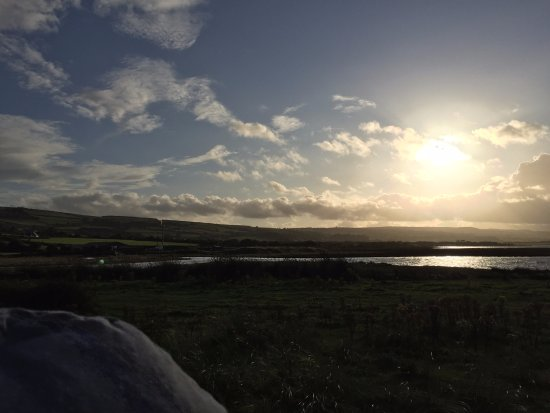 Dungarvan, ไอร์แลนด์: An evening stroll on the peninsula Cannigan