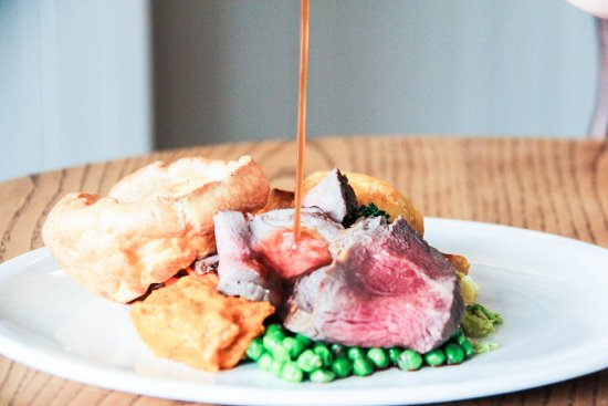 Longton, UK: Roast Sirloin of Beef served all day Sunday from 12pm.