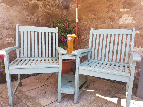 Swinton, UK: Outside Love Seat