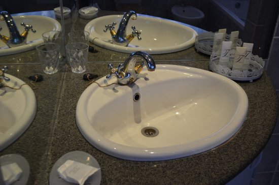 Umzumbe, South Africa: Good amenities in the bathrooms