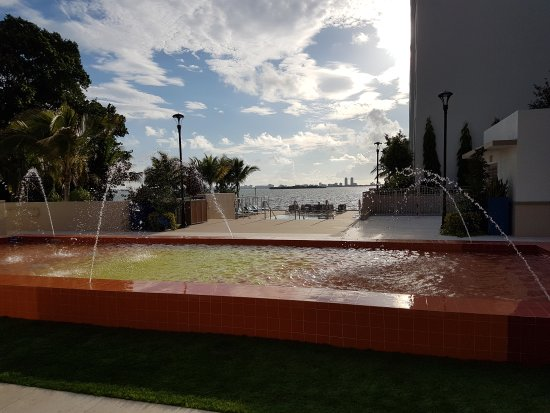 Mare Azur Design District Luxury Apartments Miami Fl