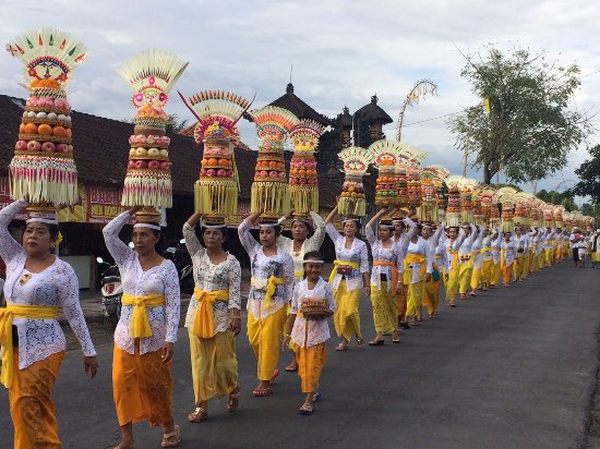 Kadek Local Bali Tours