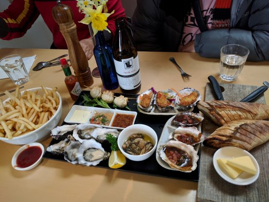 Bruny Island, Australia: awesome oyster platter