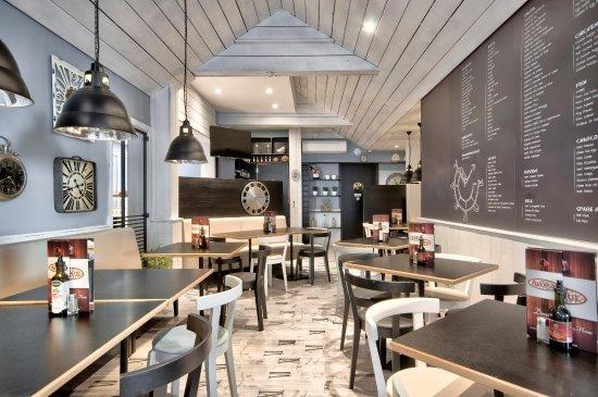 The Avenue : Restaurant