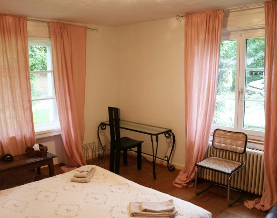 Uetliberg, Schweiz: Bedroom in the apartment