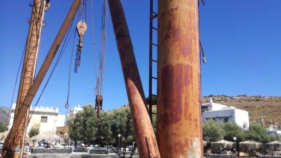 Moutsouna, Greece: vecchi argani a cielo aperto