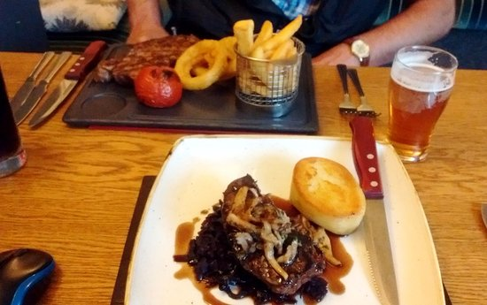 The Old Inn: In the foreground is my venison steak and in the background is my husband's sirloin steak.