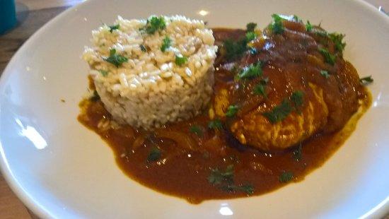 L'Hemisphere : Filet de poulet au curry et son riz