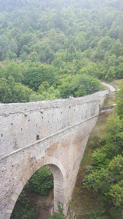 Aymavilles, Italia: acquedotto